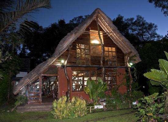 Kapishya Hot Springs: The Lodge