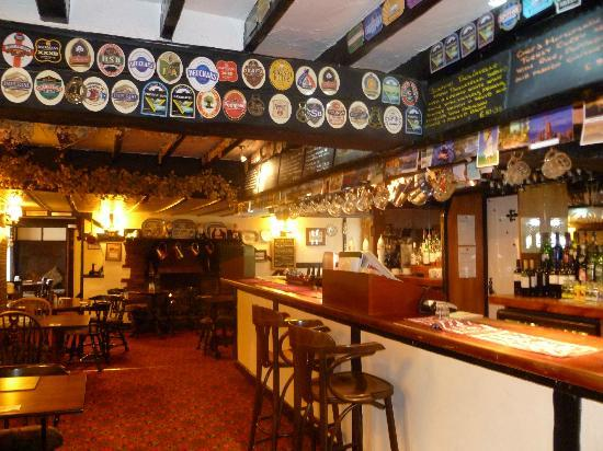 Newton Abbot, UK: The bar area