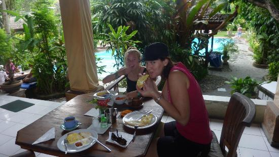 Three Brothers Bungalows: yummy... breakfast