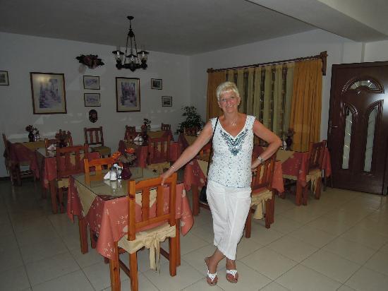 Hotel Costas Mary: Breakfast room