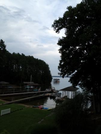 Smith Mountain Lake: lake view