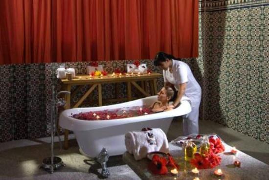 Stella Di Mare Golf Hotel, Ain Sukhna: Maroc Hamann massage
