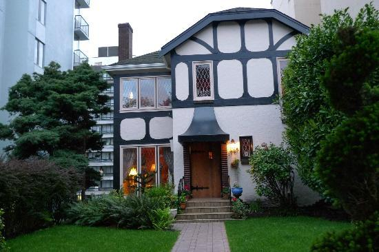 English Bay Inn: Quaint and welcoming