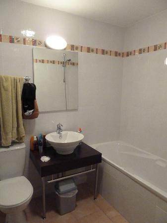 Résidence La Closerie : Salle de bain