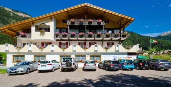 hotel chalet pineta canazei