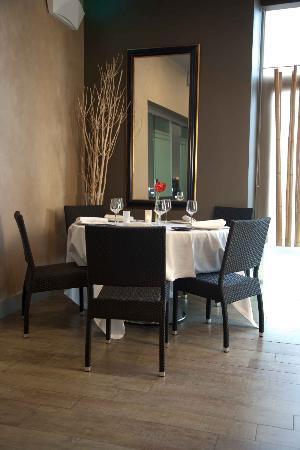 Restaurante La Calesa: Mesa Restaurante