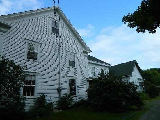 Peck Colonial House B&B : Outside