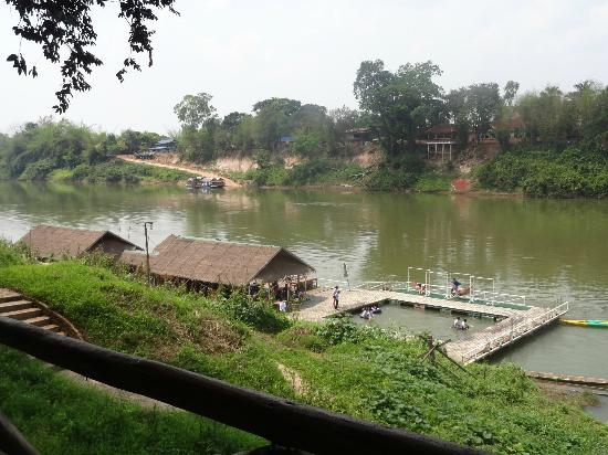 Rivertime Resort and Ecolodge: Rivertime Floating Restaurant