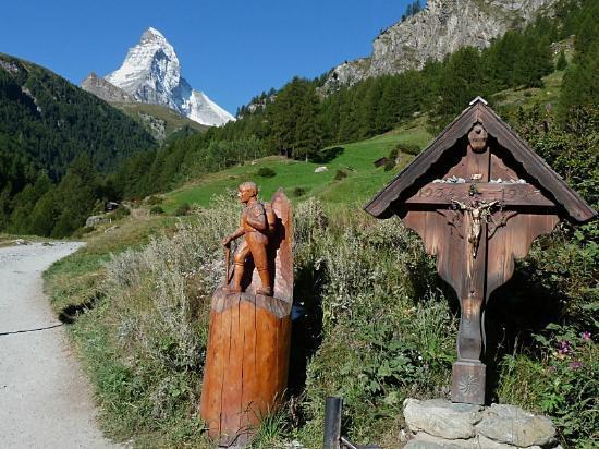 Hotel Sarazena : Schöne Wanderungen und Eindrücke hier in Zermatt.