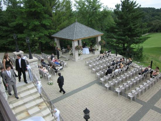 An Outdoor Wedding Ceremony At London S Hunt Club: Picture Of Copper Creek Golf Club