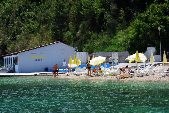 Precise Club Hotel Riviera Montenegro: beach