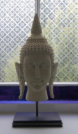 Alexandra House Spa: A buddha in the spa