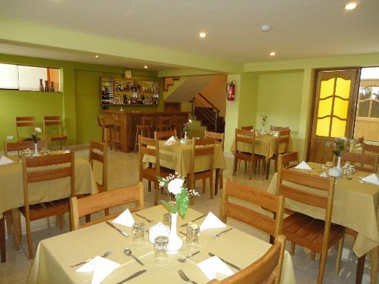 Florida del Inca Hotel: Comedor - Bar, capacidad 40 personas