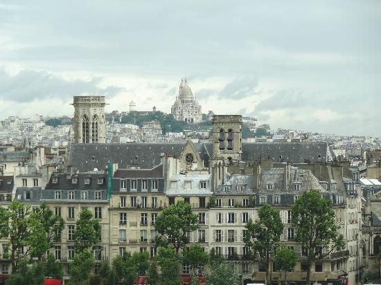 Citadines Saint-Germain-des-Pres Paris: View from our window strait ahead (Sacre' Coure)