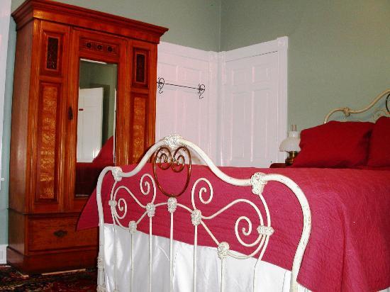 Purcell Darrell House B&B: Bassett room