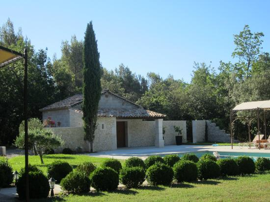 Le Bois Dormant: Отель и местность