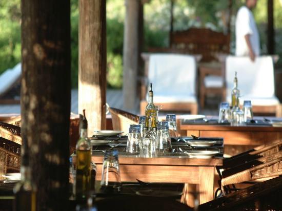 laluna restaurant, Italian cuisine with a Caribbean twist