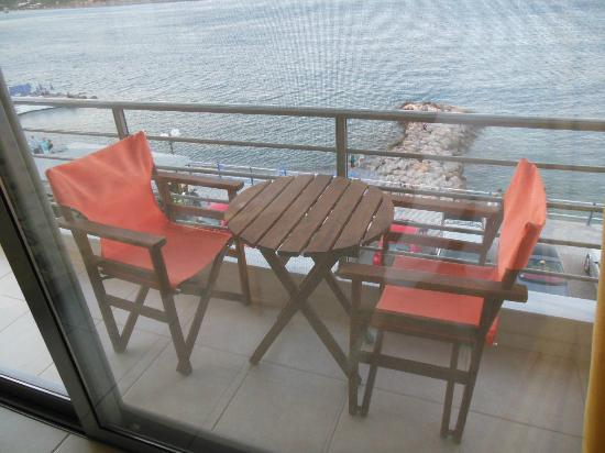 Perla Apartments: balcone sul mare