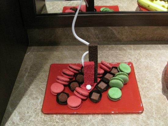 Jumeirah Creekside Hotel: Sweeties von der Direktion...