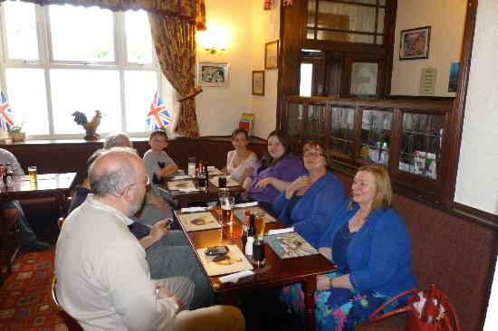 Royal Hotel : family evening meal
