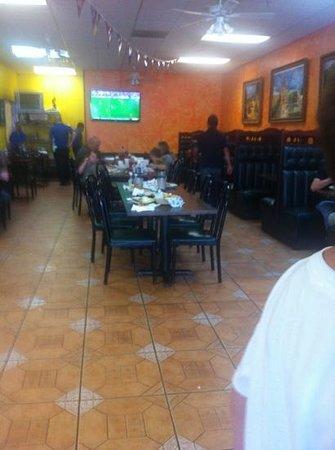 La Carreta Mexican Restaurant: inside restaurant