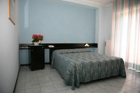 Hotel del Cavaliere: CAMERA MATRIMONIALE