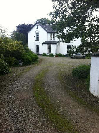 Marlagh Lodge: View from the driveway