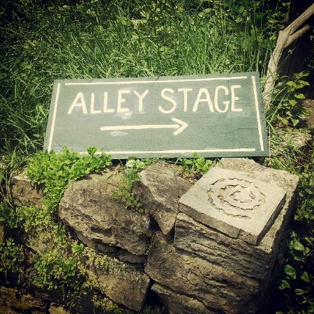 Welcome to Alley Stage!