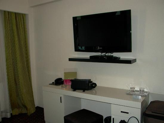 Hotel Cubix: Zimmer