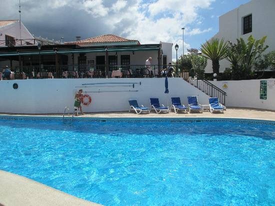 Las Rosas Apartments: One of two heated pools