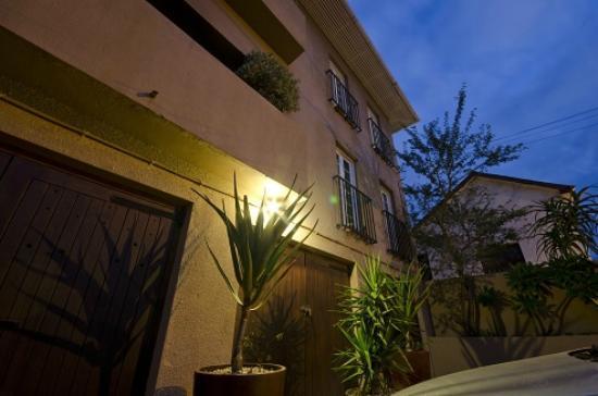 Villa Costa Rose: Front Facade