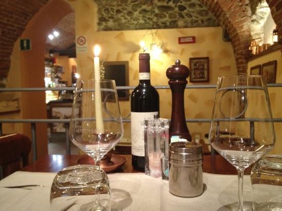 Lanzo Torinese, Italia: Il tavolo n• 23...