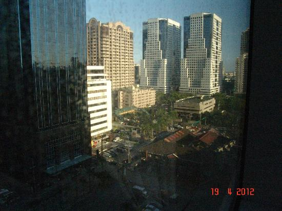 Discovery Suites Manila, Philippines: VIEW