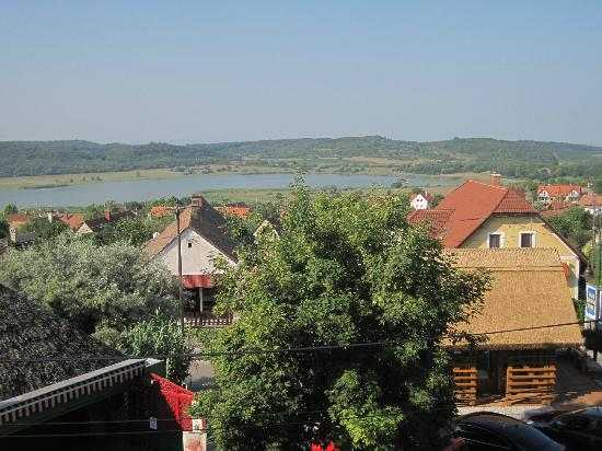 Holiday Hotel Tihany: View from our room