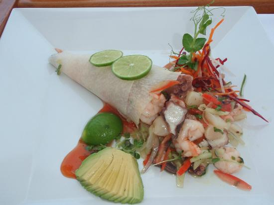 Gourmet Diniting at Casa Velas