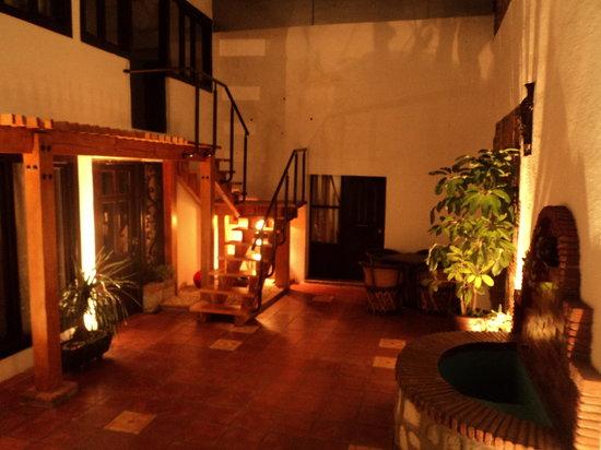 Casa Rua Hotel: Vista nocturna