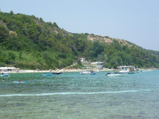 Achtis Hotel: beach