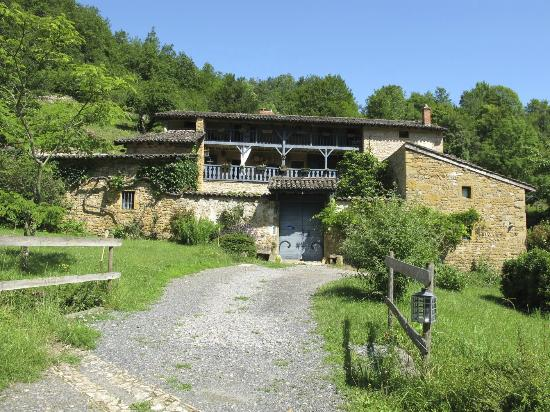 Ferme de la Vallee d'Arche: The beautiful farmhouse