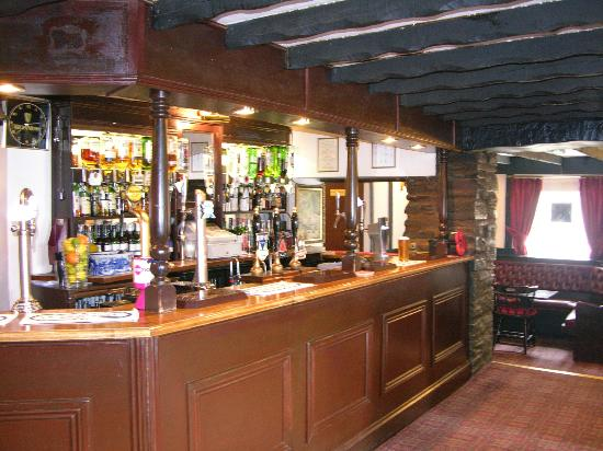 The Cross Oak Inn: Bar Area
