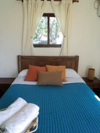 Hostal del Mar: Each full bed has a set of 100% organic cotton sheets
