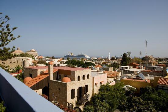 S. Nikolis Hotel & Apartments: roofgarden view