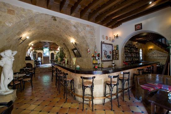 S. Nikolis Hotel & Apartments: kafeneio bar