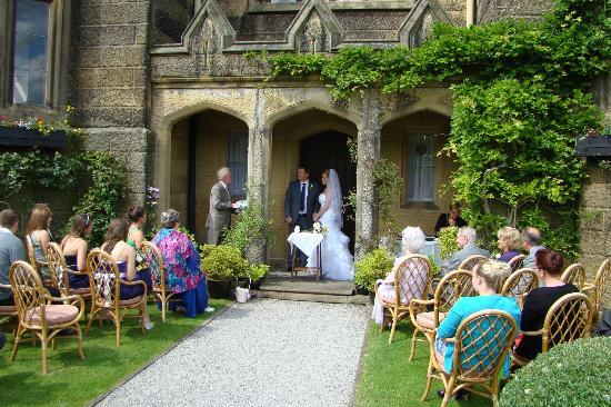Cressbrook Hall: Wedding Ceremony