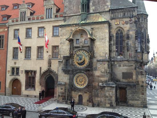 Prague Day Trips : Astronomical Clock