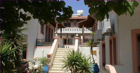 Photo of Palmira Apartments Makriyialos