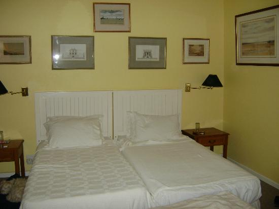 Springfontein Guesthouse: Lovely comfortable bed
