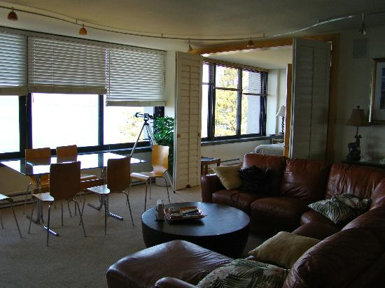 Brockway Springs Resort: Living Room