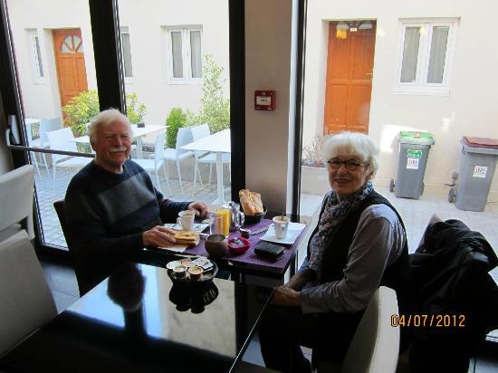 Le Figuier Hotel Restaurant: Breakfast
