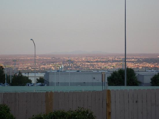 Comfort Inn & Suites North : Beautiful view of the Albuquerque valley