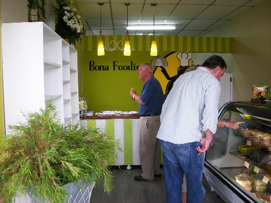 Bona Foodie Corp: getlstd_property_photo